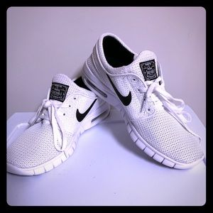 All White Mesh Stefan Janoski Air Max Nike SB